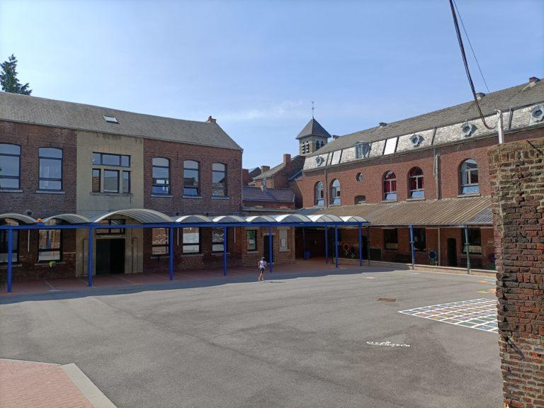 cour intérieure de l'école